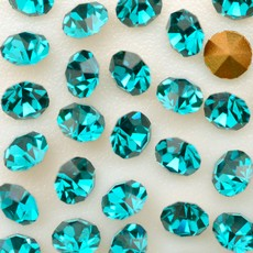 Strass Conico Collection Blue Zircon SS 8,5  2,40mm