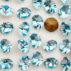 Strass Conico Collection Agua Bohemica SS 16  3,80mm