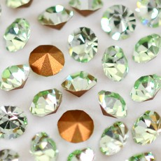 Strass Conico Collection Chrysolite SS 10  2,70mm